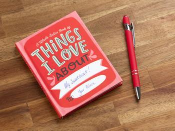 Things I Love About You Täydennettävä Kirja