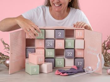 Pastellin sävyinen Sukkakalenteri (37-40)