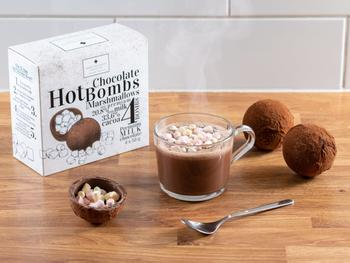 Suklaapommeja kuuman suklaajuoman valmistamiseen