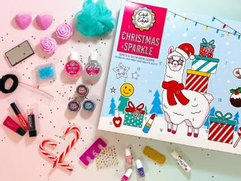 Chit Chat Christmas Sparkle Meikkikalenteri