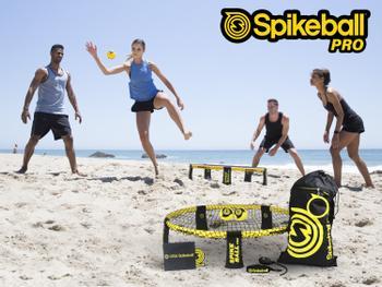 Spikeball Pro Peli